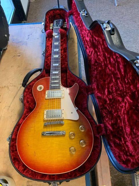 World Class Calton Guitar Case